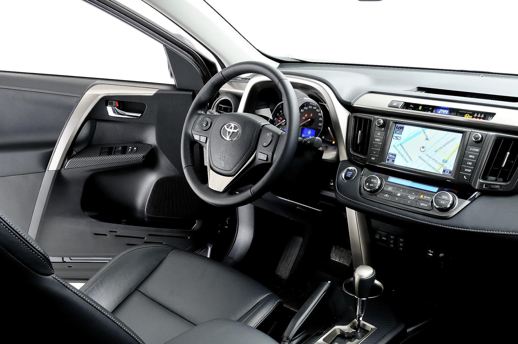 2013 Toyota Rav4 Review Motoring Middle East Car News