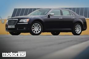 2012_Chrysler_300C_9