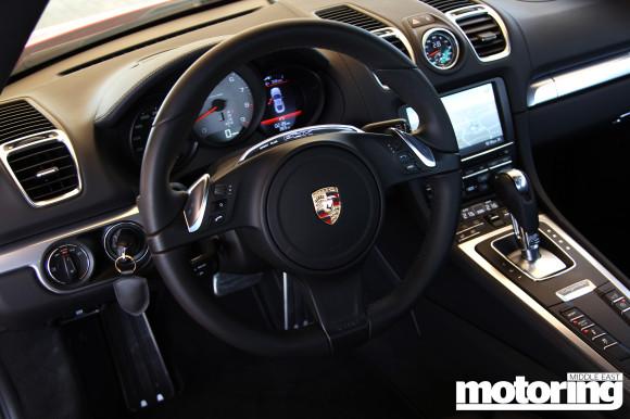 2013_Porsche_Cayman_26
