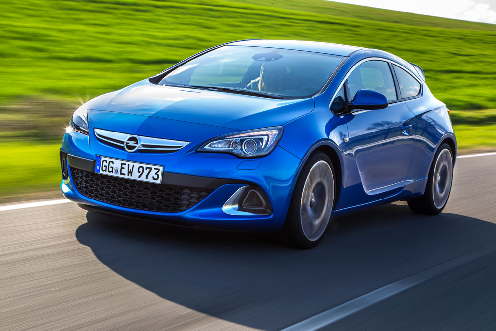 2014 opel astra opc review motoring middle east car news reviews and buying guidesmotoring. Black Bedroom Furniture Sets. Home Design Ideas