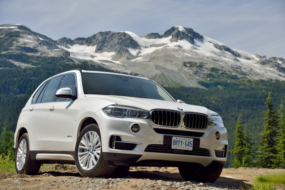 2014 bmw x5 xdrive 50i review motoring middle east car news reviews and buying. Black Bedroom Furniture Sets. Home Design Ideas