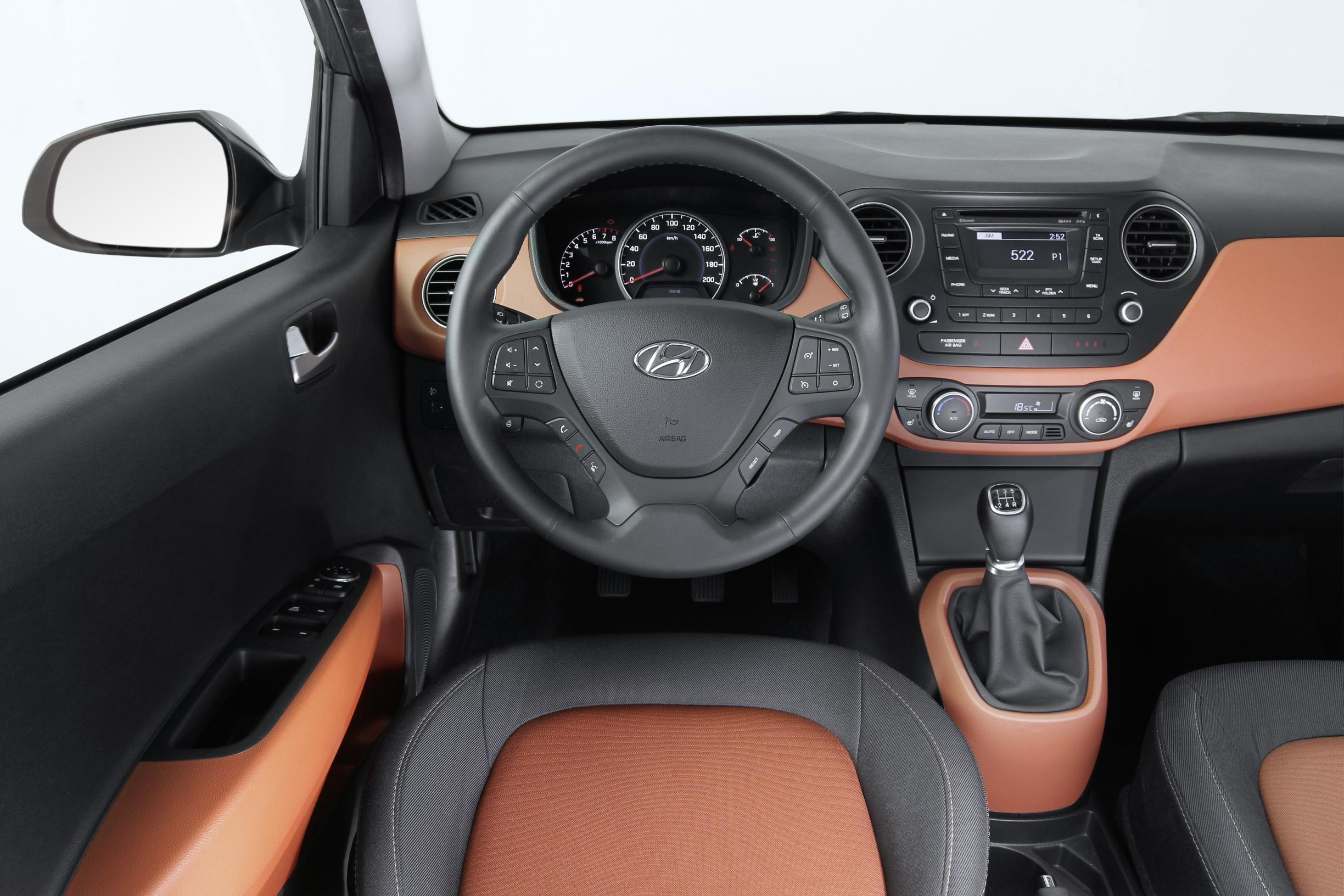 Frankfurt 2013: 2014 Hyundai i10 - Motoring Middle East: Car news ...