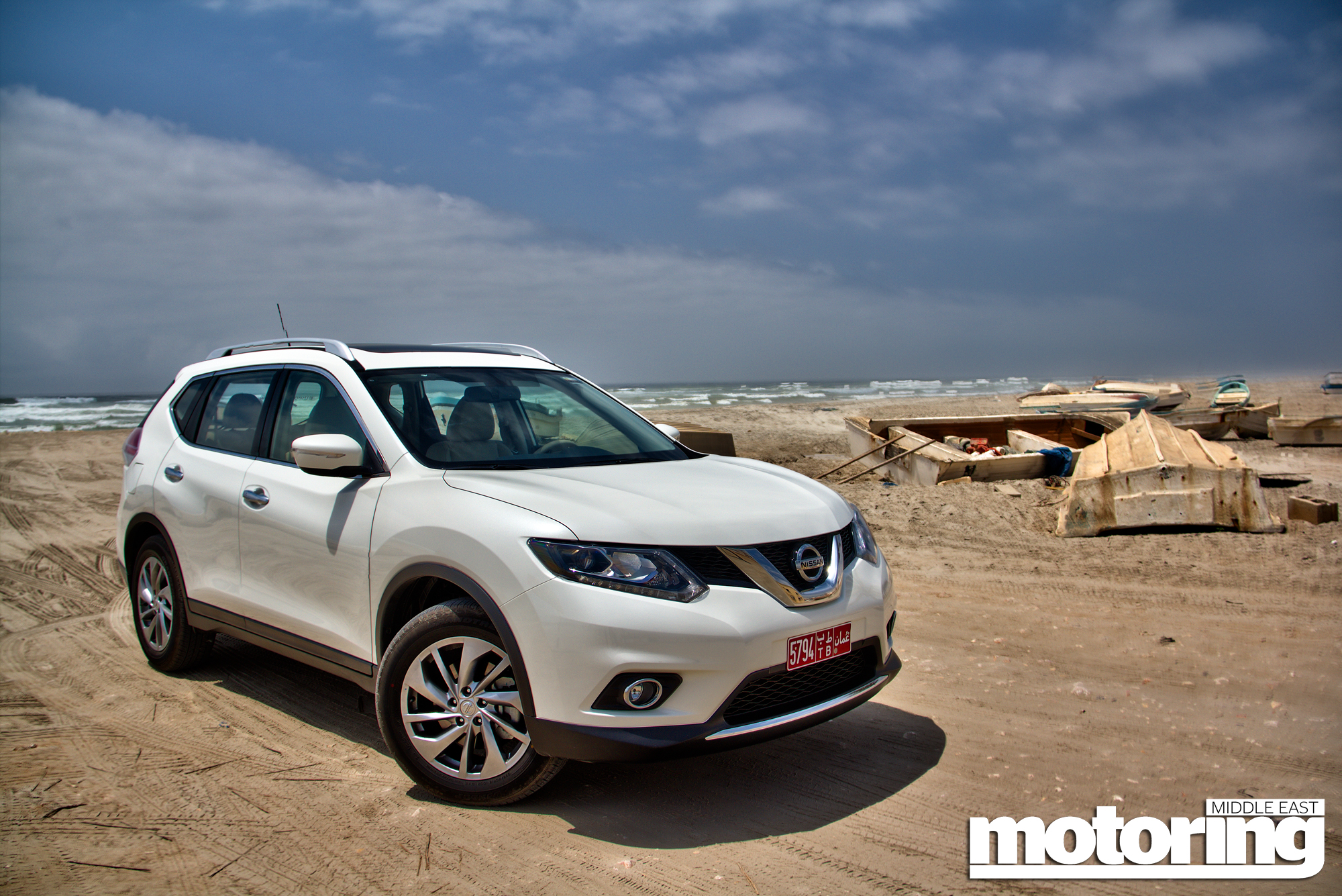 Used Honda Crv >> 2015 Nissan X-Trail ReviewMotoring Middle East: Car news, Reviews and Buying guides
