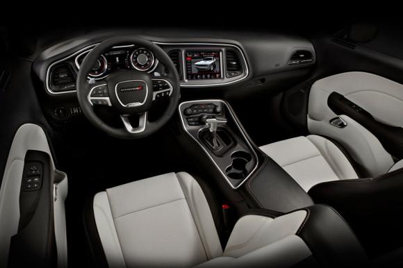 Dodge Challenger R/T Interior