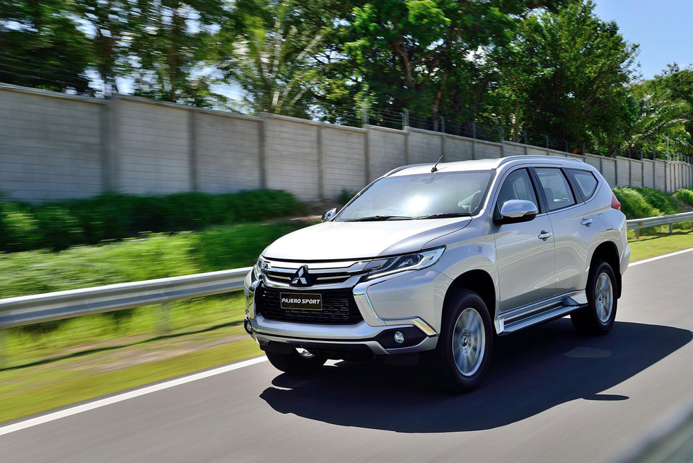 2015 mitsubishi pajero sport motoring middle east car