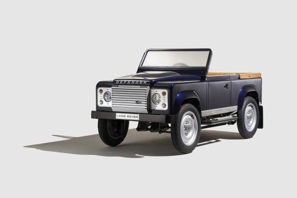 Land Rover Defender Pedal car