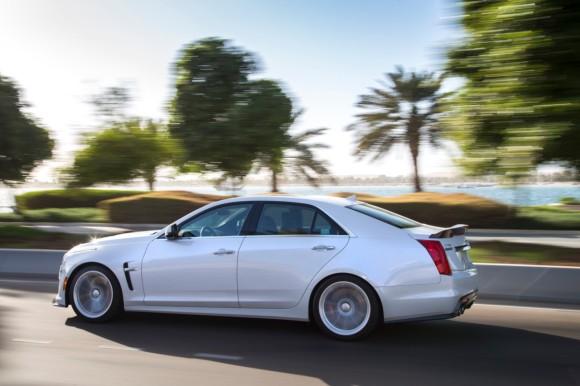 Cadillac ATS-V & CTS-V hit Yas Marina Circuit