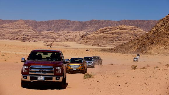 Road Trip Jordan with Ford - Lawrence of Arabia, Wadi Rum, Petra & Robbing a Train