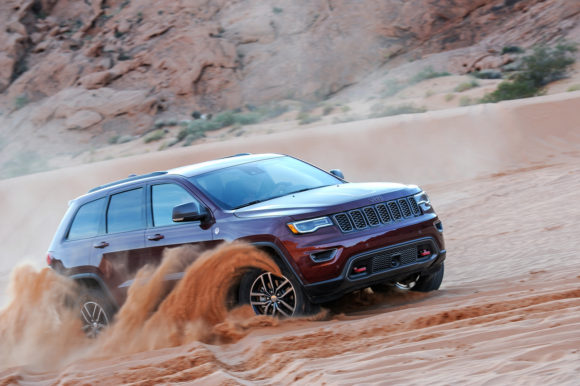 2017 Jeep Grand Cherokee Trailhawk Reviewmotoring Middle